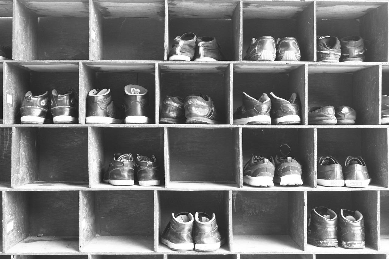 Meble, które najlepiej nadają się do przechowywania obuwia